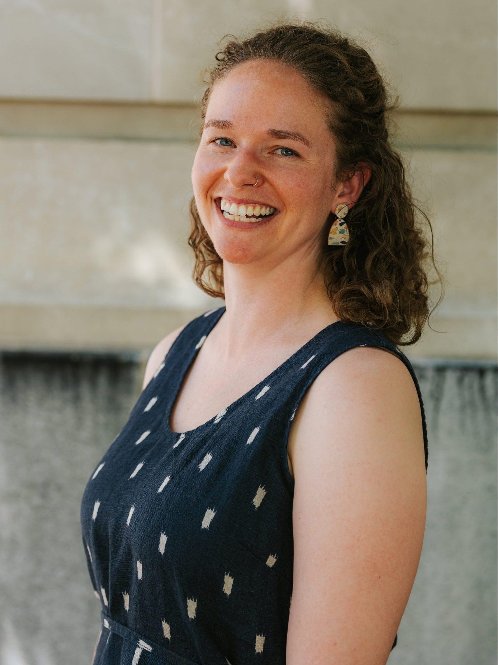 Headshot of Rachel Sumner